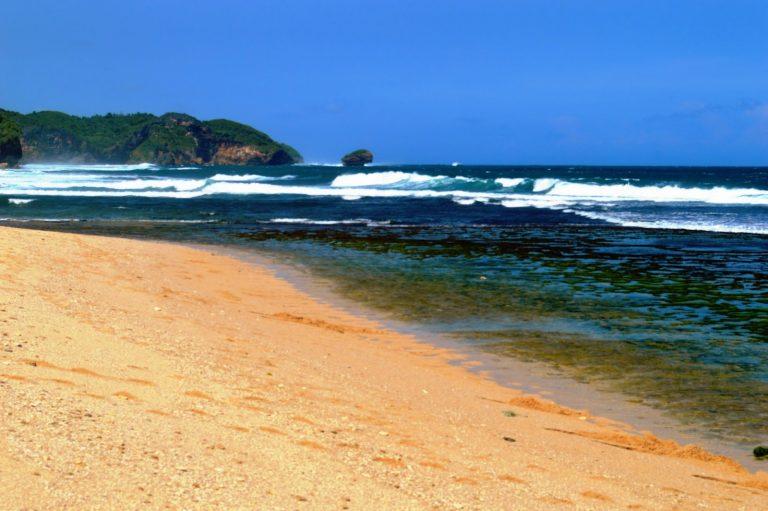 Pantai Pondok Rangon